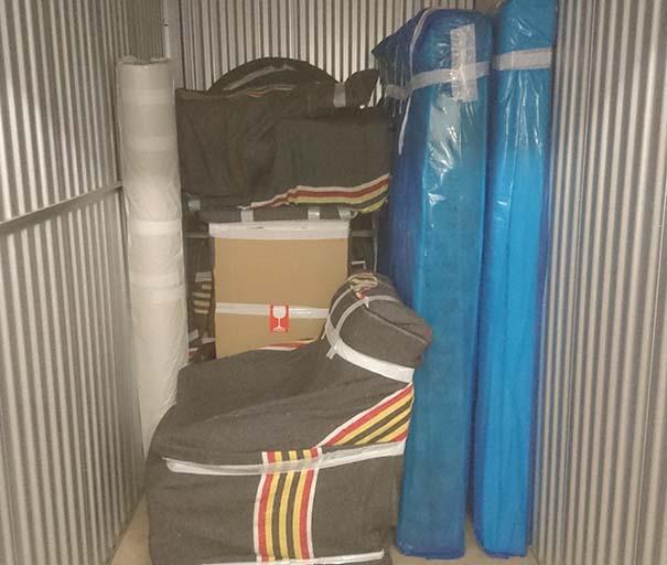 la location de garde meubles cagnes sur mer. Black Bedroom Furniture Sets. Home Design Ideas